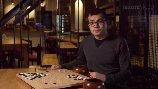 杰米斯·哈萨比斯(Demis Hassabis) 是Google DeepMind 的CEO。图片来源:Nature Video